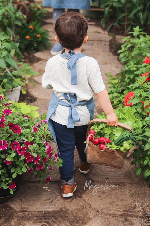 Linen apron for kids