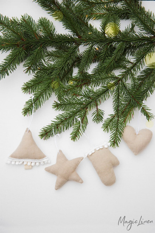 Christmas tree decorations, set of 4
