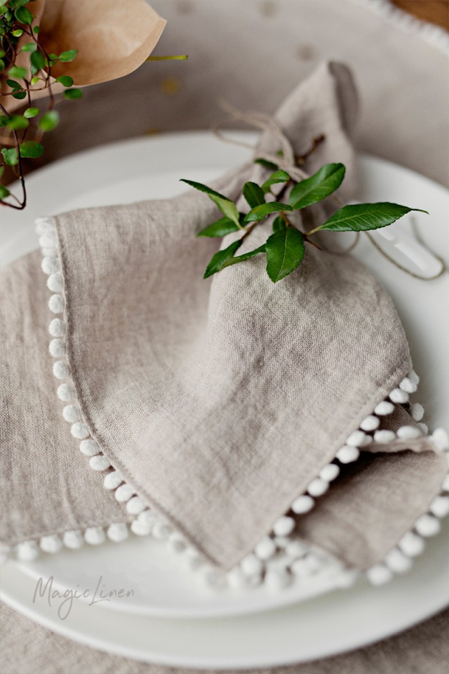 Pom pom trim linen napkin set of 2