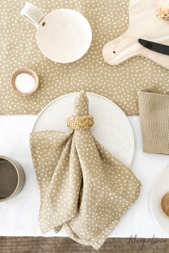 Polka dots linen napkin set of 2