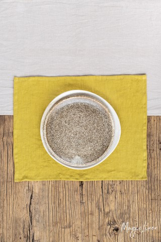 Moss yellow linen placemat