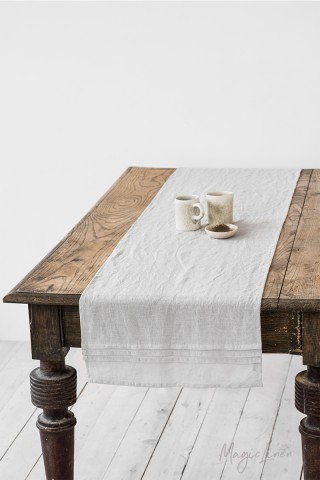 Pleated linen table runner