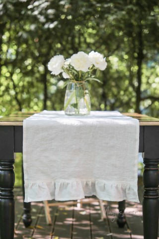 Ruffle trim linen table runner