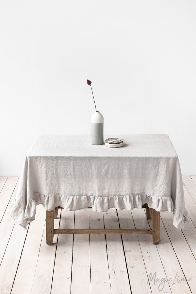 Linen tablecloth with ruffle White ruffled linen tablecloth Rustic linen tablecloth