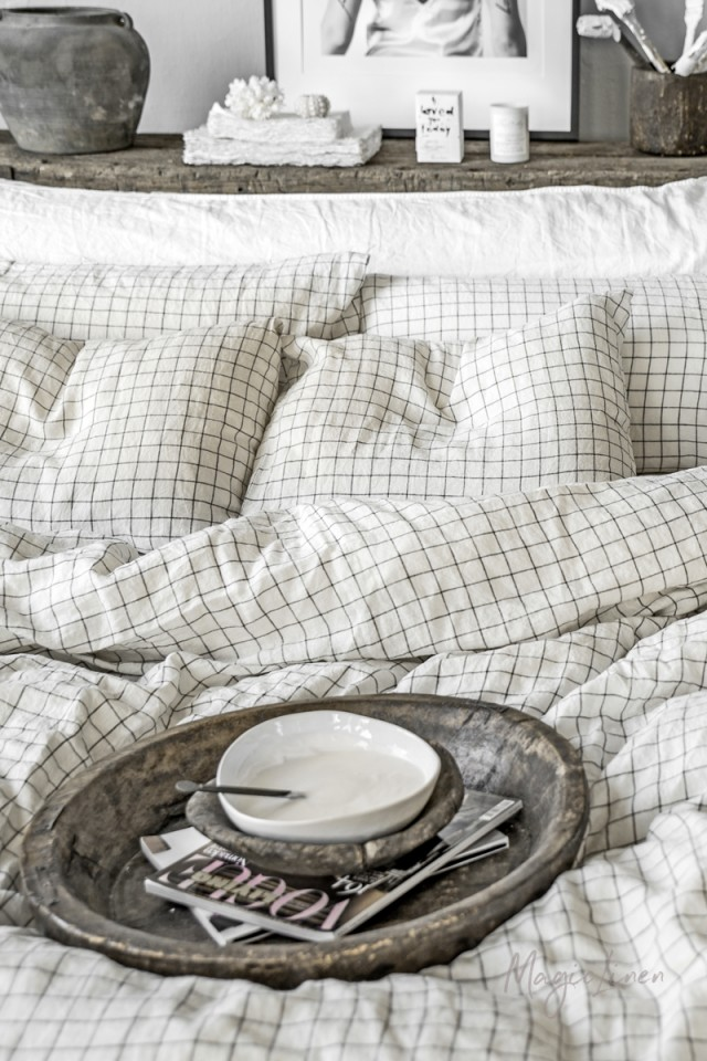 Charcoal grid linen pillowcase