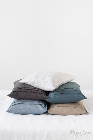 Pleated linen pillowcase