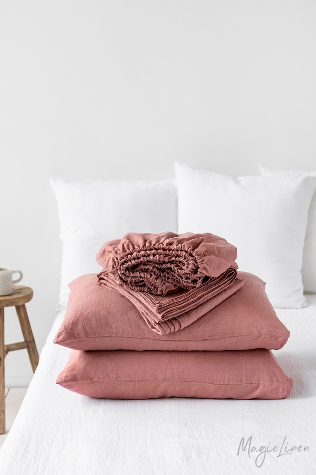 Rust pink linen sheet set (4 pcs)