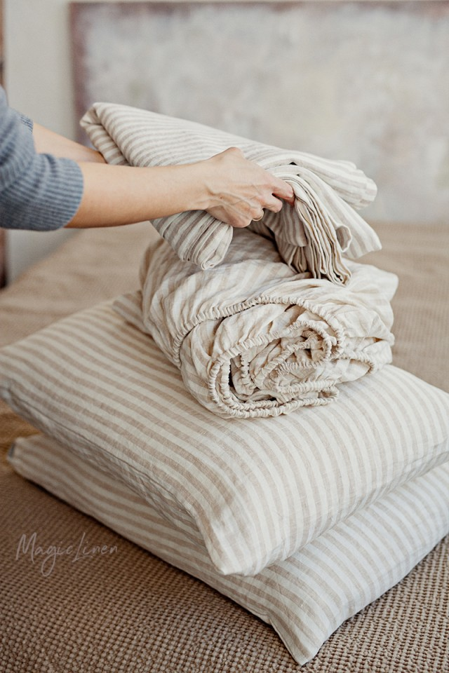 Striped in natural linen sheet set (4 pcs)