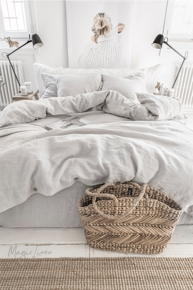 Light gray linen duvet cover