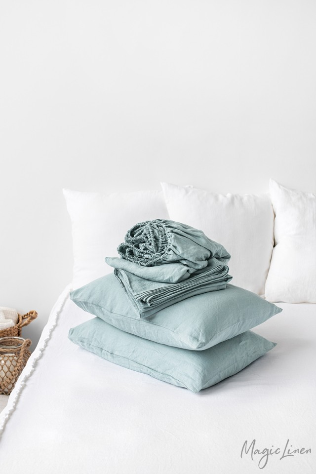 Dusty blue linen sheet set (4 pcs)