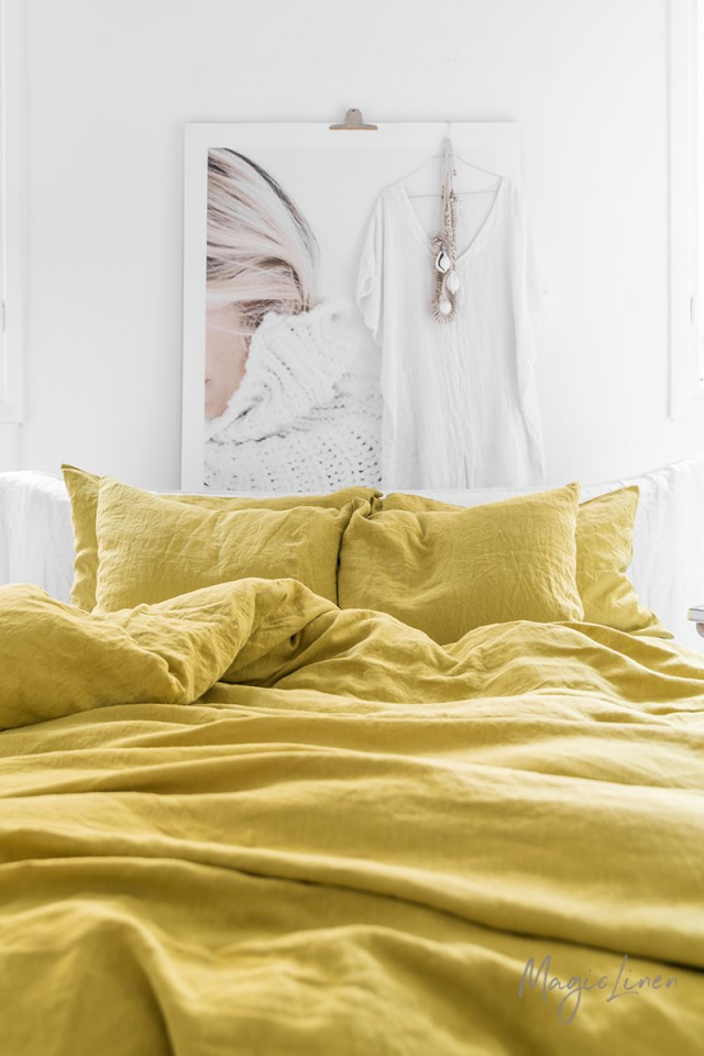 Moss yellow linen duvet cover set (3 pcs)