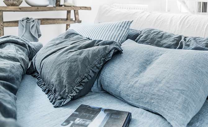 What Is A Duvet Cover Duvet Vs Comforter Magiclinen