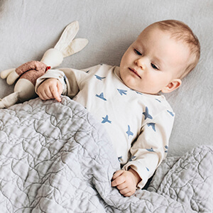 How to Buy Crib Bedding: Useful Tips for a Baby's Nursery